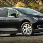 Chrysler_Pacifica_2018_Exterior_Fuel_Economy_c8a0c74563927830ef9d68775da8866b-notRetina